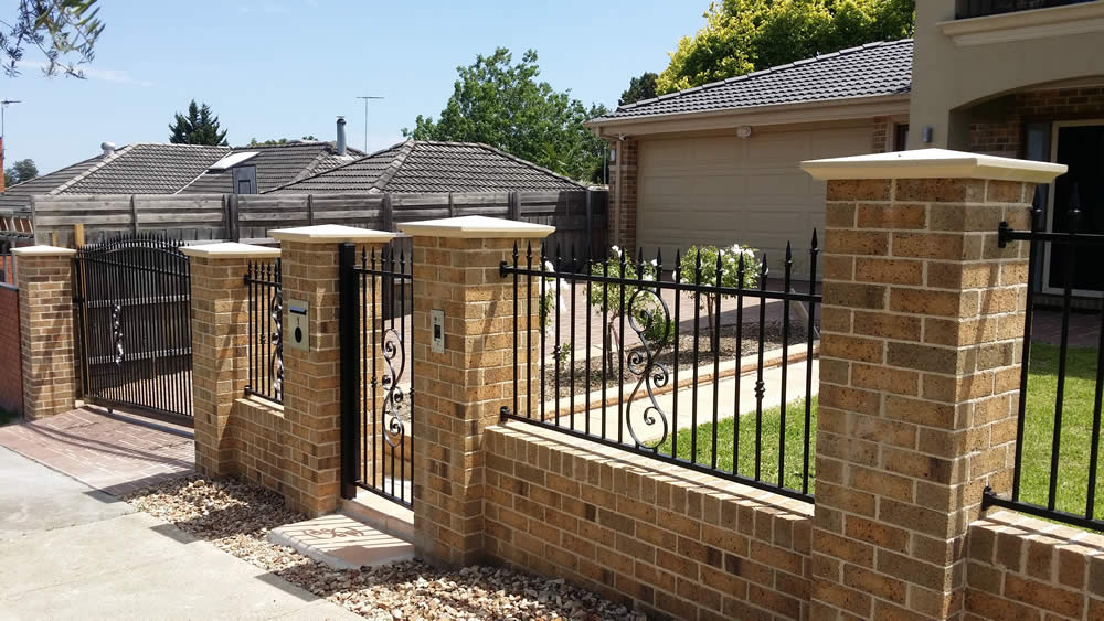 Brick Amp Steel Fencing Atlas Rodek Fencing